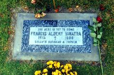 Frank Sinatra - Lawn Cemetery (Cathedral City) renamed from Palm Springs Mortuary & Mausoleum in Cemetery Headstones, Cemetery Art, Cemetery Statues, Franck Sinatra, Famous Tombstones, Georges Pompidou, Famous Graves, Cathedral City, Angeles