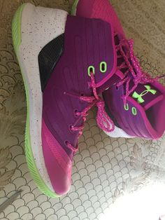 438d5ba50a36 Under Armour Stephen Curry Basketball Shoes Purple Pink Green Girls Size 6Y  New