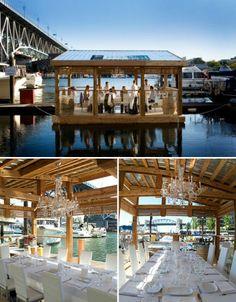 Wij moeten voor design iets ontwerpen voor bij het station in Best. Ik heb met mijn groepje een restaurant op het water gekozen.