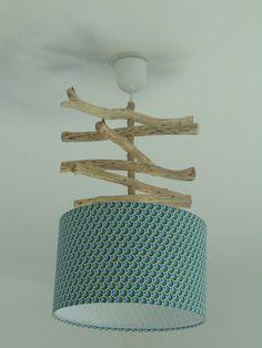 Lustre - suspension - plafonnier en bois flotté - création unique - motif plumes - vert/bleu - géométrique - rond 28cm