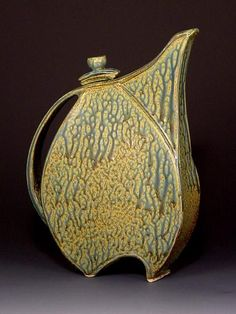 Pottery Carolina, Handmade/Hand Made Pottery in North Carolina Pottery by David Bellar click the image or link for more info. Hand Built Pottery, Slab Pottery, Ceramic Pottery, Ceramic Art, Pottery Teapots, Teapots And Cups, Ceramic Teapots, Slab Ceramics, Ceramics Projects