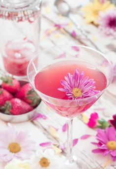 Well, hello Spring! You should celebrate with this Strawberry & Jasmine Cocktail made with rosé wine. Plus the edible flower adds a certain something, no?