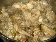 Betty's Cuisine: Κουνέλι τσιγαριαστό Greek Beauty, Meat Recipes, Turkey, Meat Food, Chicken, Hunting, Turkey Country, Fighter Jets, Buffalo Chicken