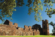 As ruínas do sítio arqueológico de São Miguel das Missões são Patrimônio Histórico da Humanidade