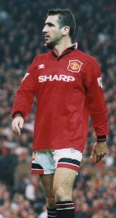 the king! Retro Football, Football Pics, Eric Cantona, Match Of The Day, Manchester United Players, Wrestling Stars, Premier League Champions, Association Football, English Premier League