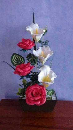 Nylon Flowers, Clay Flowers, Crochet Flowers, Fabric Flowers, Paper Flowers, Creative Flower Arrangements, Spring Flower Arrangements, Rose Arrangements, Flower Crafts