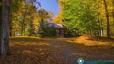 Fall foliage on the back roads of Middlebury Vermont.  2017 Calendars are still only $14.99 each.  Purchase them here-http://bit.ly/2ekeRTy  Feel free to visit my website - http://ift.tt/2aTNg7U   #foliage #fallfoliage #vermont #newenglandphotography #newengland #landscape #newengland_photography #ScenicVermontPhotography #ScenicVermont #VT #welovermont