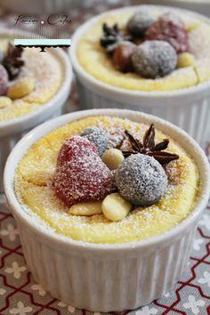 Tvarohové koláčiky so zasneženým ovocím Healthy Cake, Bourbon, Cheesecake, Keto, Pudding, Cakes, Sweet, Food, Healthy Meatloaf