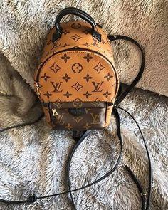 Louis Vuitton Latest Handbags, Stylish Handbags, Lv Handbags, Louis Vuitton Handbags, Lace Backpack, Mini Backpack, Fashion Bags, Fashion Backpack, Girl Backpacks