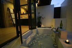beautiful sunken tubs pics | Beautiful outdoor sunken tub in a private home on Koi Samui, Thailand ...