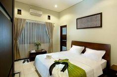Lihat berbagai tempat luar biasa ini di Airbnb: Omah Garuda Homestay (Double Bed) - Bed & Breakfast untuk Disewakan di Yogyakarta