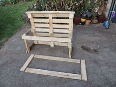 Building a pallet kitchen sink from recycled materials - Find out how at Mummy Musings and Mayhem outdoor play area for kids pallets Recycling Fun with Rubbish and Pallets! - The Empowered Educator Outdoor Play Kitchen, Diy Mud Kitchen, Mud Kitchen For Kids, Outdoor Sinks, Kids Outdoor Play, Backyard For Kids, Kitchen Sinks, Diy Pallet Projects, Garden Projects