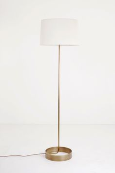 Discover these iconic floor lamps for your interior design! These ...