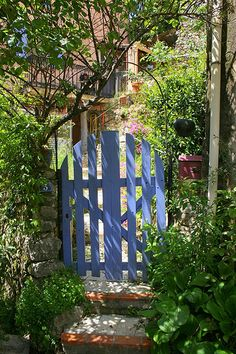 The Blue Gate set into stone wall - Ampus, Provence