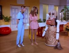 Scene from Logan's Run TV series.  That is the most ridiculous looking robot I've ever seen!