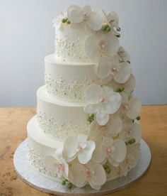 Creative Wedding Cake Ideas - MODwedding