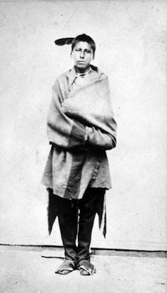 An unidentified Kaw man.  No date or additional information.