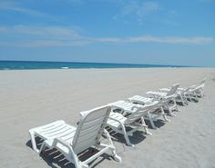 San Remo Boca Raton Florida Funished Rental 1 bed 1/2 bath Beachside and Boating waterviews with Carolyn Boinis Boca Raton Real Estate Broker Associate with Realty Associates Florida Properties www.CarolynBoinis.com