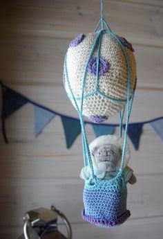 Tarja's Snow Land: Crochet hot air balloon / crocheted Hot Air Balloon
