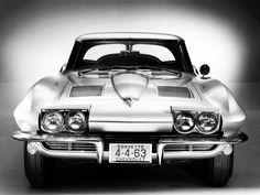 1963 Chevrolet Corvette Sting Ray (C2)