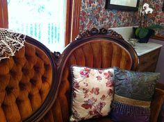 Voluptuous velvet sofa.