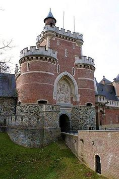 Gaasbeek Castle, #Belgium #castle #beautifulplaces