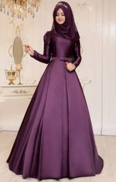 58 Ideas Fashion Style For Teens Classy Ball Gowns Hijab Evening Dress, Long Gown Dress, Evening Dresses, Stylish Dress Designs, Stylish Dresses, Fashion Dresses, Gown Party Wear, Hijab Dress Party, Muslim Gown
