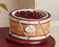 2012 Tree Trimming Little Drum Basket-The Longaberger Tree Trimming Basket tradition has brought joy into many welcoming homes over the years. Perhaps none have expressed the energy and excitement of the season better than the 2012 Tree Trimming Little Drum Basket.  www.shopbasketsnmore.com