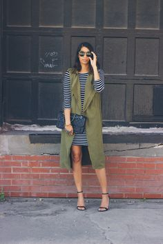 stripe dress with green trench vest - an easy outfit for women! @lowstoluxe