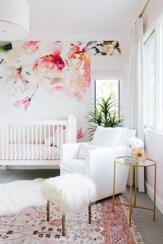 Feminine Pink and White Nursery with Floral Accent Wallpaper - Project Nursery - Nursery Decoration Idea - Nursery Room - Nursery Inspiration - Nursery Interior Girls Bedroom Decor Baby Bedroom, Baby Room Decor, Nursery Room, Girls Bedroom, Boy Room, Girl Nursery Rugs, Diy Girl Nursery Decor, Baby Girl Bedroom Ideas, Baby Girl Room Themes