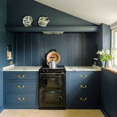 "AGA on Instagram: ""We absolutely love this kitchen by @middletonbespoke. The Black AGA 60 looks great against the dark cabinetry and marble worktops and the…"" Aga Kitchen, Kitchen Cabinets, Aga Cooker, Marble Worktops, Farmhouse Kitchens, Extension Ideas, Nice Things, The Darkest, Looks Great"