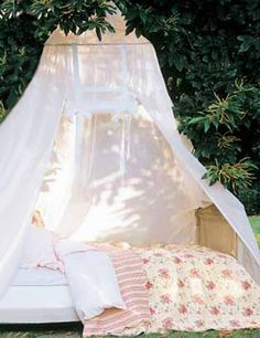 French Garden Mosquito Net Canopy