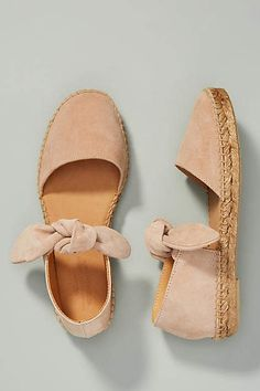 Women shoes With Jeans Winter - Women shoes Sandals Steve Madden - Women shoes Wedges Boots Winter - Women shoes Comfy Espadrilles Chanel, Espadrilles Outfit, Shoe Boots, Shoes Sandals, Espadrille Shoes, Flat Shoes, Cute Shoes Flats, Shoes Sneakers, Calf Boots