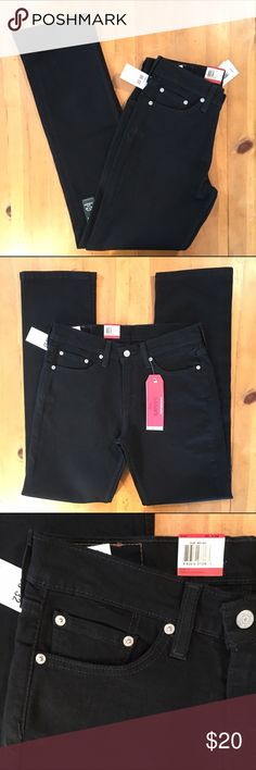 Black 514 Levi's Jeans New with Tags 514 Straight sits below waist regular fit through thigh straight leg directly taken from tag Levi's Jeans Straight