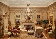 Amazing miniature living room. such details!