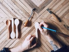 A Morning of Spoon Carving | Wolftree