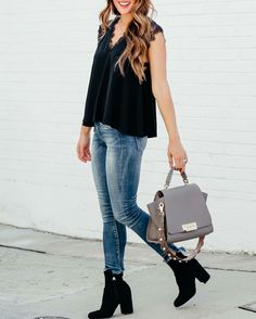Black top, skinny jeans & black ankle boots