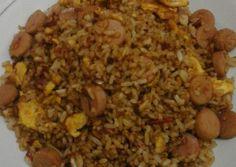 Nasi Goreng, Indonesian Food, Fried Rice, Fries, Ethnic Recipes, Bulgur, Indonesian Cuisine, Stir Fry Rice