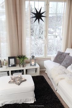 Vaaleanpunainen hirsitalo - Page 2 of 912 - Deck The Halls, Dream Rooms, White Christmas, Decoration, Window Treatments, Sweet Home, Couch, Curtains, Living Room