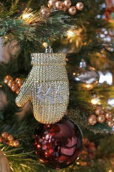 http://christmas-winter-blessings.tumblr.com/post/104825633823