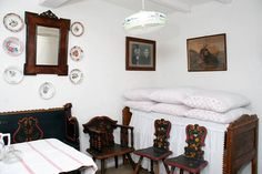 Old time in Hungary Art Decor, Home Decor, Hungary, Traditional, Interior Design, Architecture, Retro, Folklore, Bed