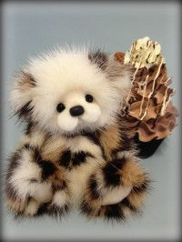 Truffle - miniature mink artist bear by Helen Gleeson  Oh my God I NEED one!!!!