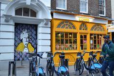 Street Art London #Queen