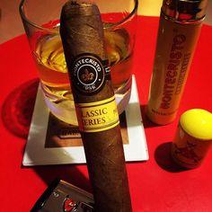 #montecristo #classicseries #glenlivet #glenlivet15 #Cigars #cigaraficionado #habanoaficionado #friendsofhabanos #cigarporn #cigar #habano #cubancigar #cigarsociety  #cigaraficionado #habanoaficionado #friendsofhabanos #cigaroftheday #whisky #coffee #blendedscotchwhisky #scotland #whisky #cigaroftheday #cigaraficionado #love #maltwhisky #maltwhiskycompanion #whiskyporn #lovewhisky #singlemaltscotchwhisky  #enjoy #habana #tagstagram #whiskyporn by puromakasi