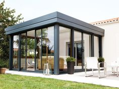 Check out these mesmerizing inspiration of small patio with glass walls which are totally worth to be your ultimate reference to give a superb improvement to your outdoor living space! Small Pergola, Pergola With Roof, Patio Roof, Pergola Patio, Small Patio, Pergola Ideas, Cheap Pergola, Pergola Kits, Pergola Screens