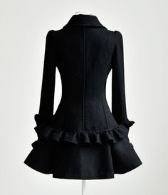 Elegant Lotus Trimming Double-breasted Wool Coat