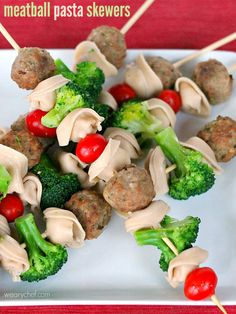 Meatballs and Pasta Skewers are a fun way to get your kids excited about dinner! Not only is this a kid-friendly dinner, it's also a great way to serve pasta at a party.