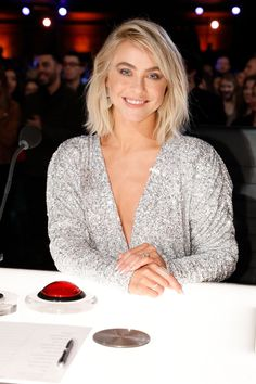 Julianne Hough: 'AGT' Is A Long-Term Investment In Performers - Hollywood Outbreak Sara Bareilles Waitress, Jullianne Hough, Julianne Hough Hot, John David, Minimal Outfit, Hollywood Life, America's Got Talent, Cut And Style, Celebrity News