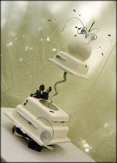 art deco wedding cake by karenlindsay24, via Flickr