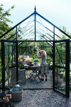 """Acquire great tips on """"greenhouse ideas buildings"""". They are actually available for you on our web site. Backyard Greenhouse, Greenhouse Plans, Glass House, Garden Cottage, Garden Projects, Garden Inspiration, The Great Outdoors, Outdoor Gardens, Outdoor Living"""